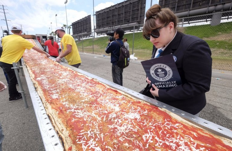 La pizza más larga del mundo. Record Guinness