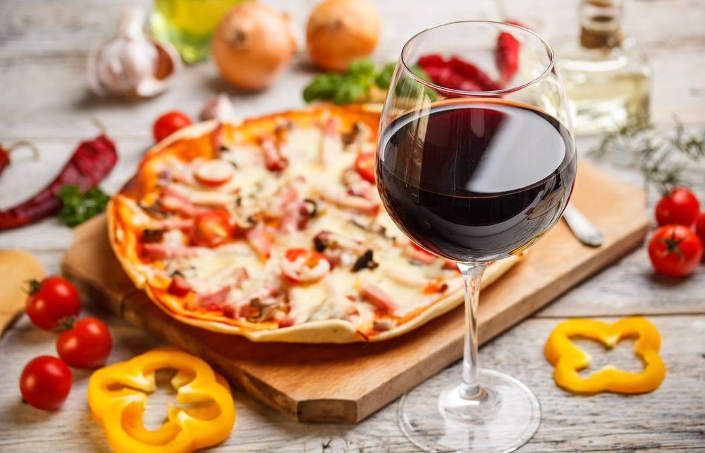 ¿Con qué vinos marida mejor nuestras pizzas?