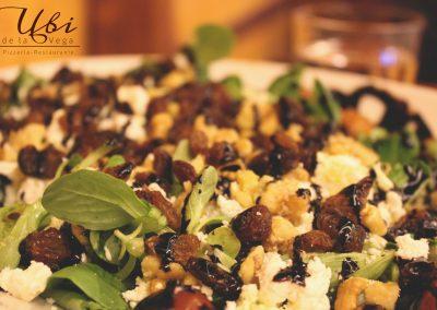 Ensaladas Ubi de la Vega, Restaurante Pizzería al horno de leña.